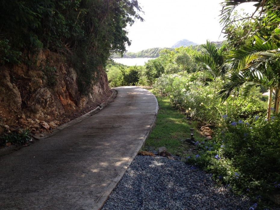 Newly paved road to the top of 167 Fish