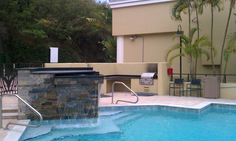 pool:grill area