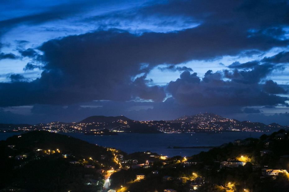 St. Thomas - evening lights
