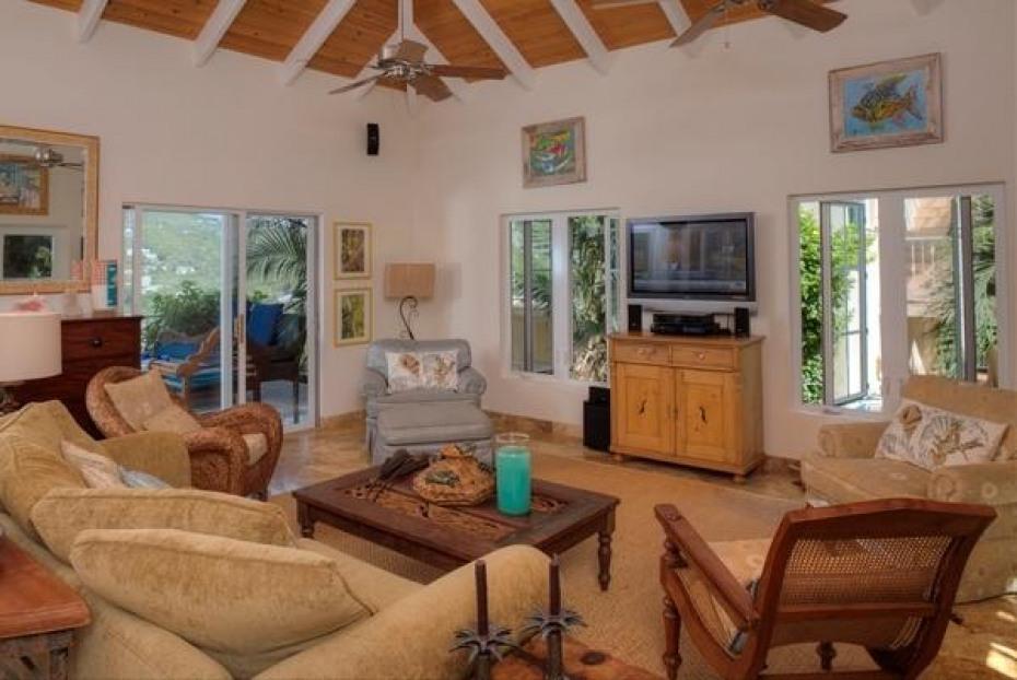 Living Area Alt View