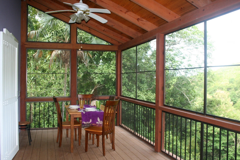 Screened Front Deck