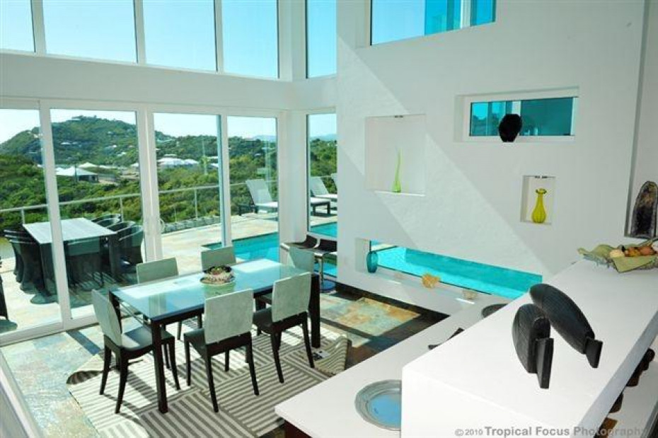 Casa Mare Indoor & Outdoor Dining Areas