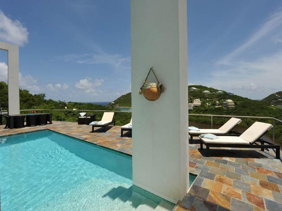 Poolside with views over Hart Bay and St