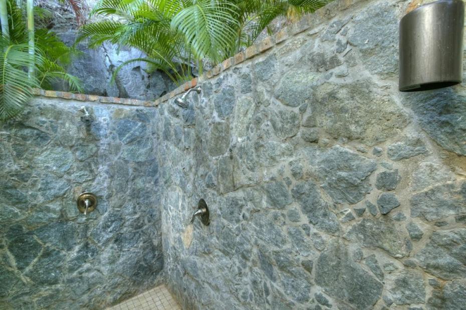 Native stone garden shoewer