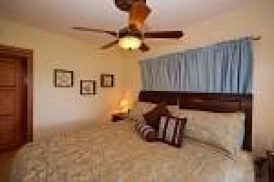 Alternate Bedroom View