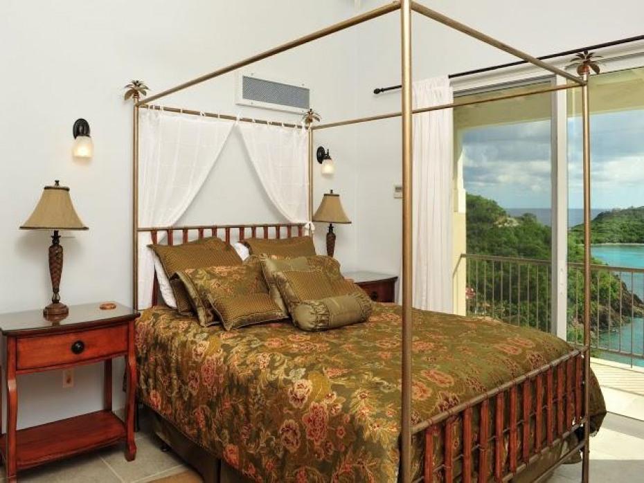 East Bedroom Ensuite