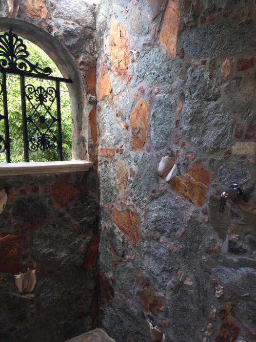stone showers