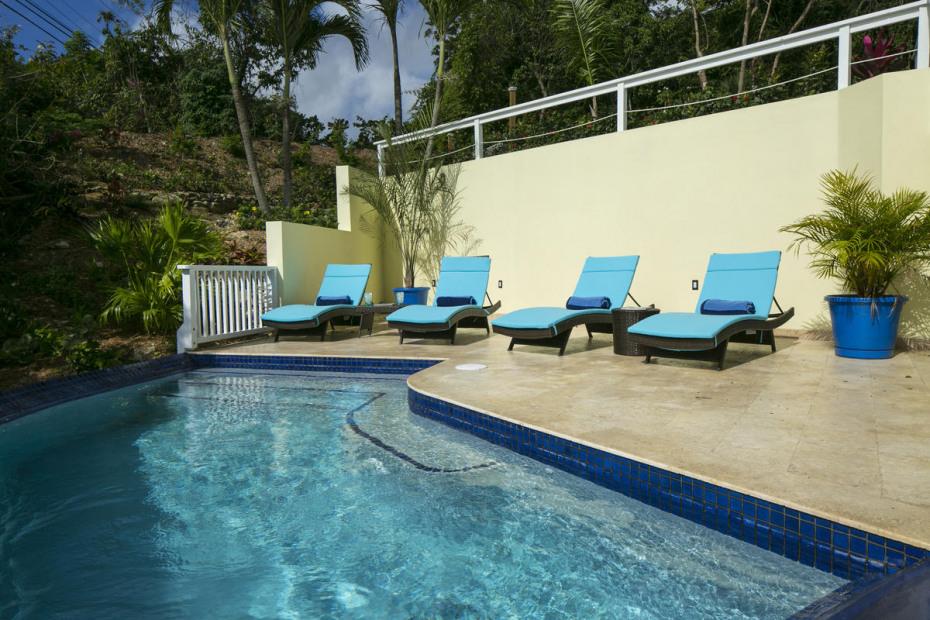 Saltwater pool with coralstone decks