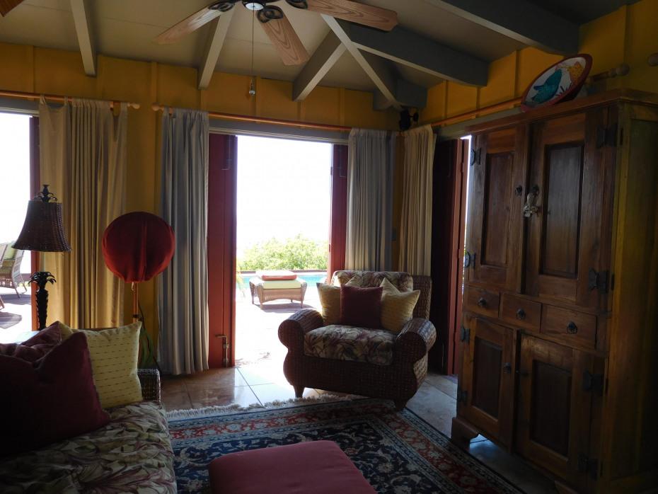 023 Outdoor living area