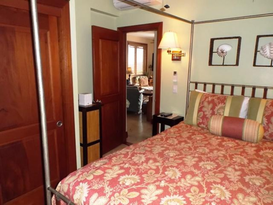 BH A-1 Guest Bed Entry