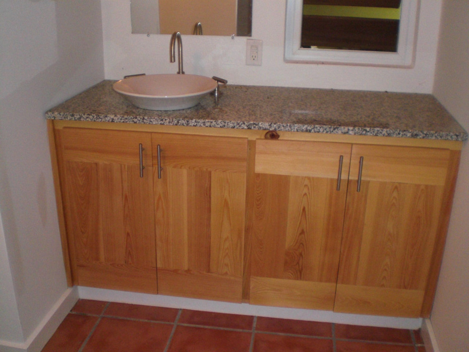 Bathroom 1 Vanity upper