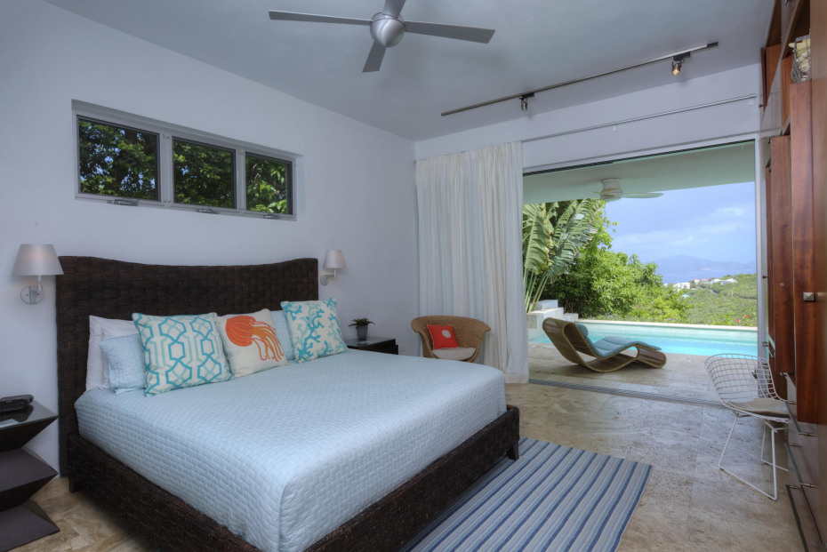 Another poolside bedroom