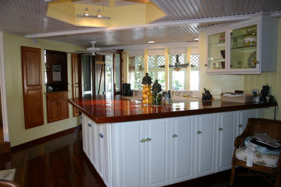 Charming Kitchen w/custom maple cabinets
