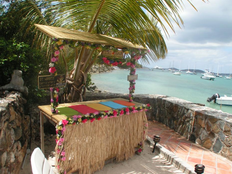 Fun Tiki Bar