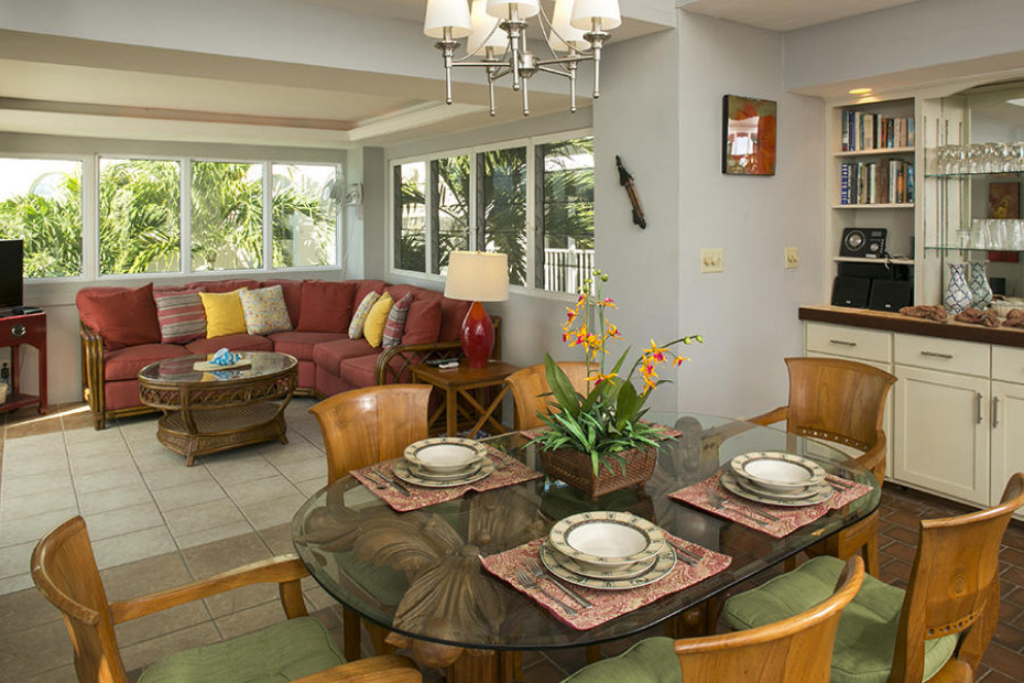 Dining & TV rooms
