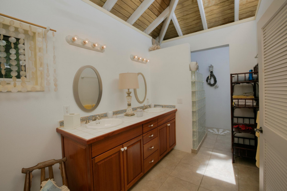 Separate Third Bedroom/Bathroom Pod