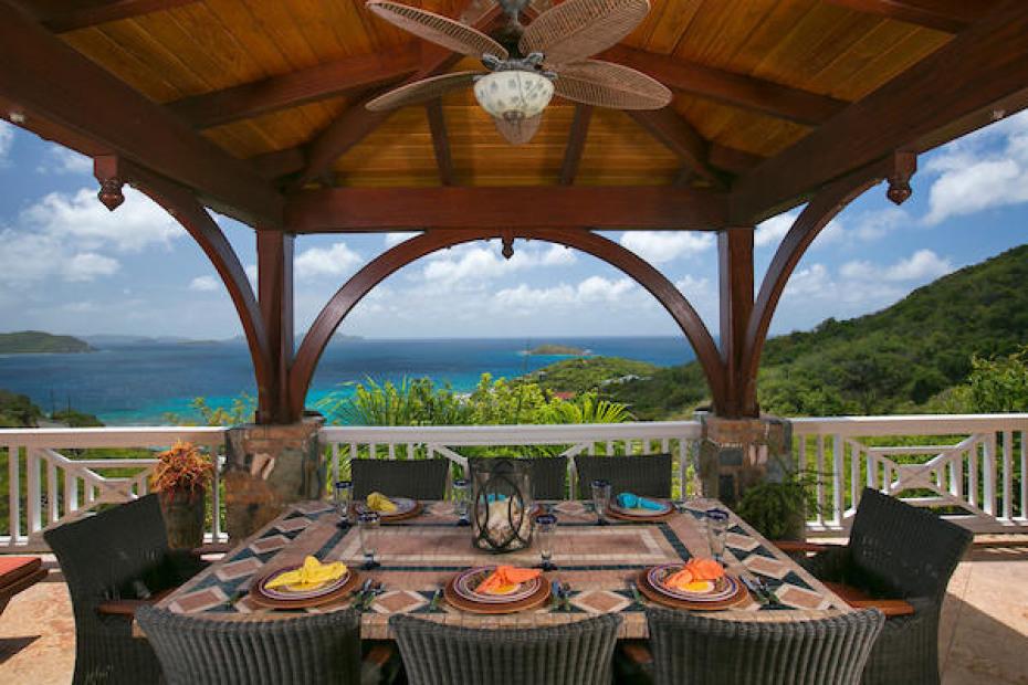 025 Fabulous dining views!