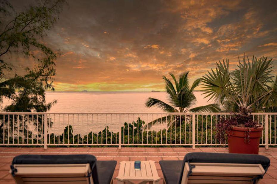 038 Stunning sunset views