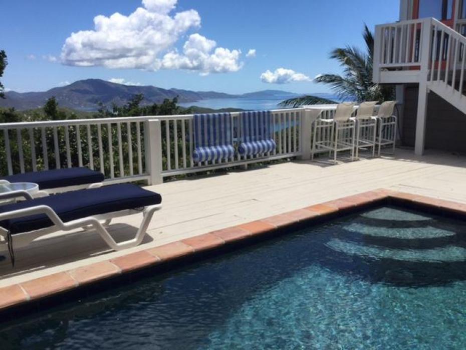pool lounge view