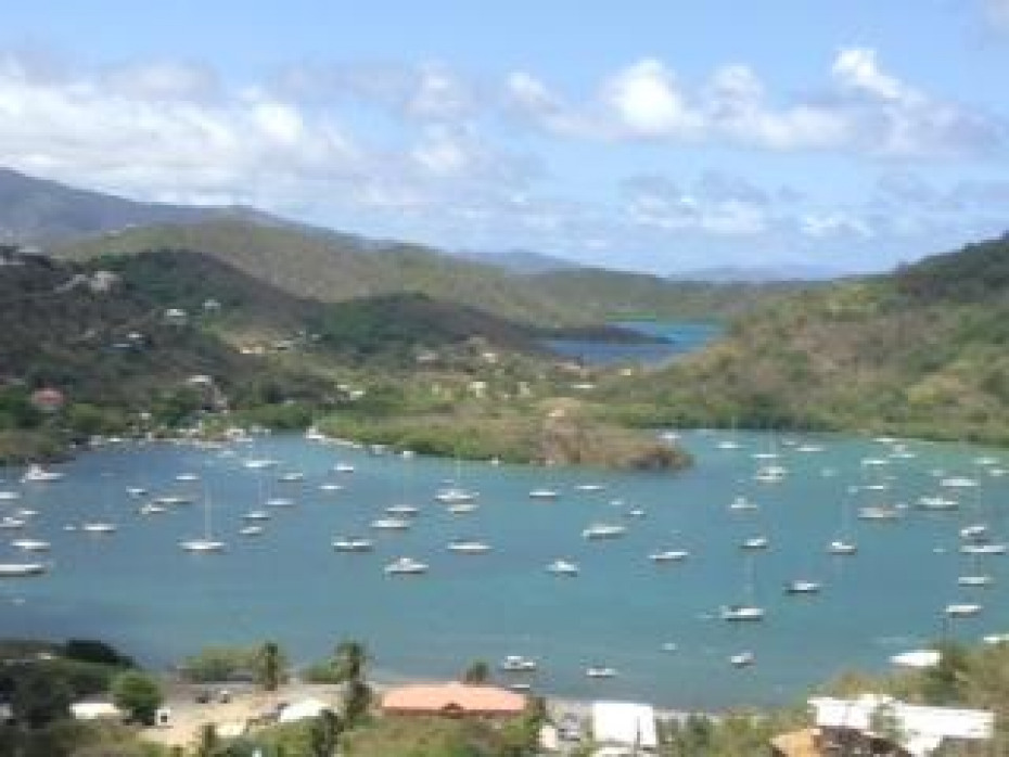 009 Coral bay harbor -views