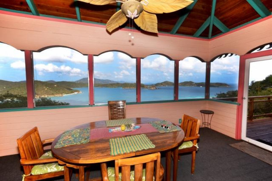 012 Dining with a view! (640x427)