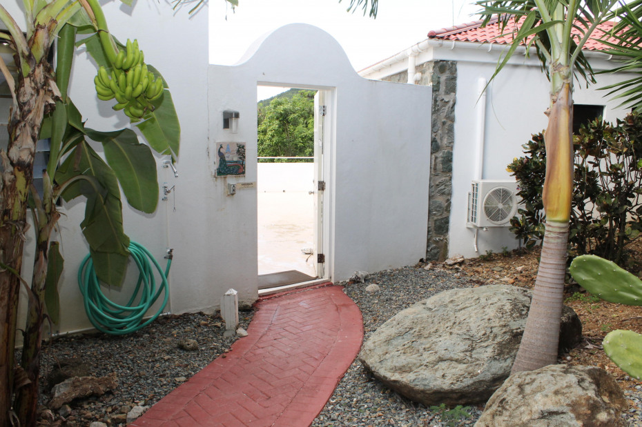 Private Entrance to Courtyard