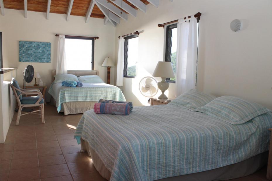 Loft Bedroom w/queen beds