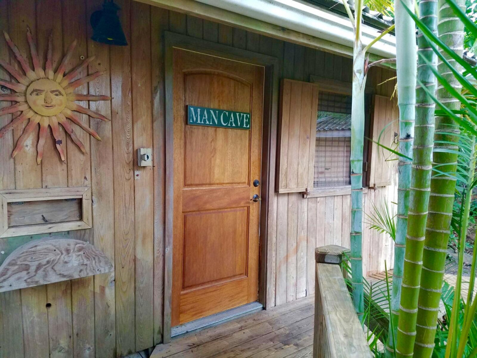 Mancave/Office Entry