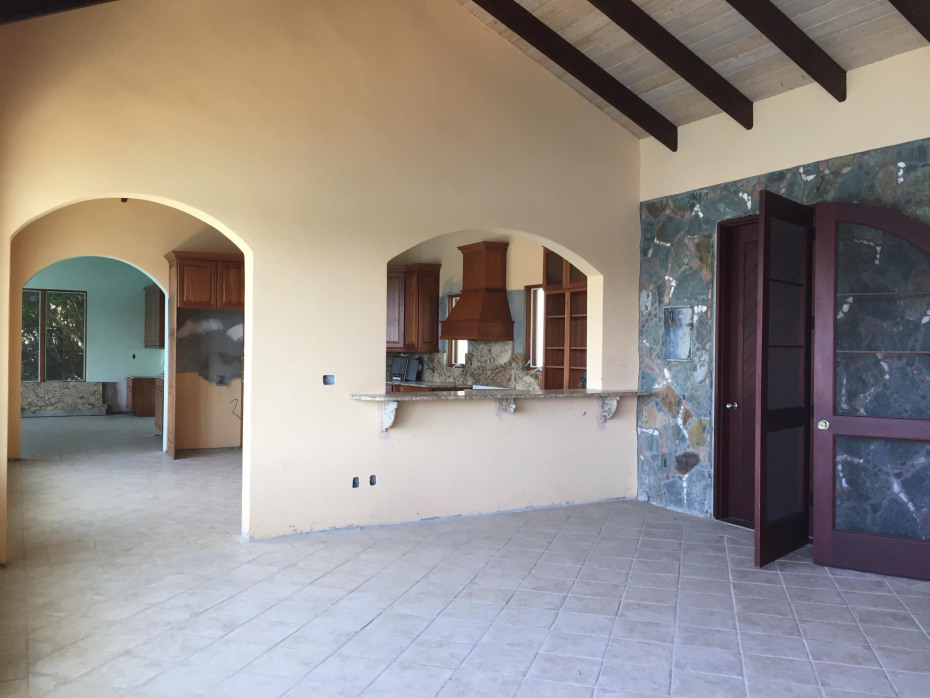 great room, to kitchen area