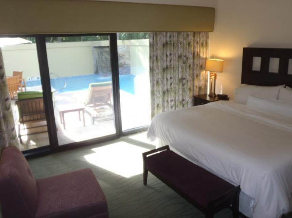 Sample Bed pool villa