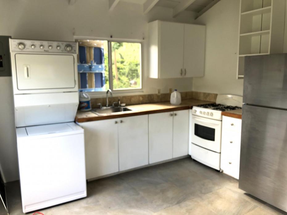 East Upper Apt Kitchen & Laundry