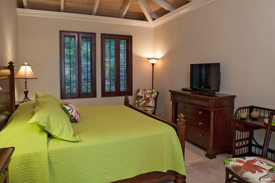 Upper Guest Suite