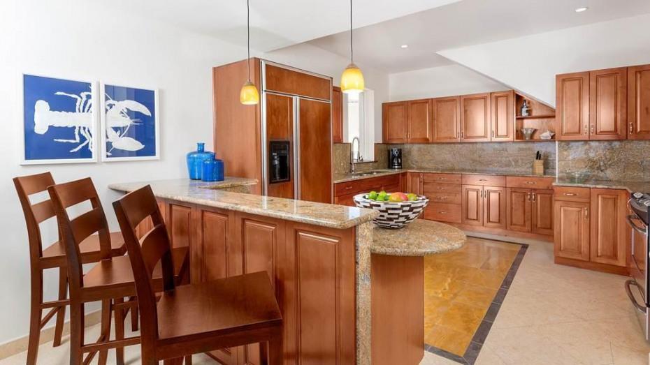 F Upper kitchen