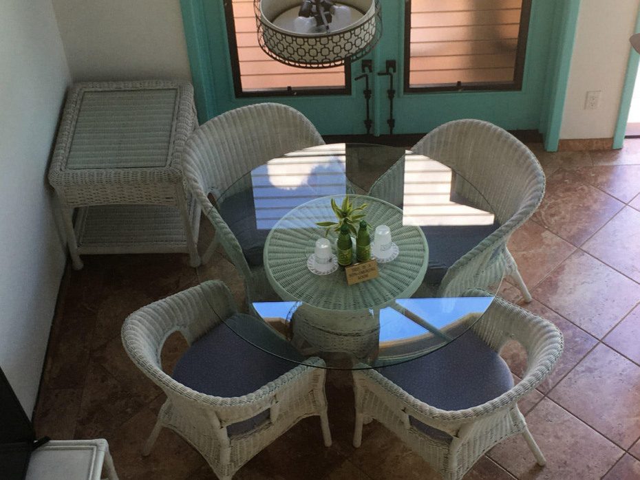 DINING  AREA FROM UP