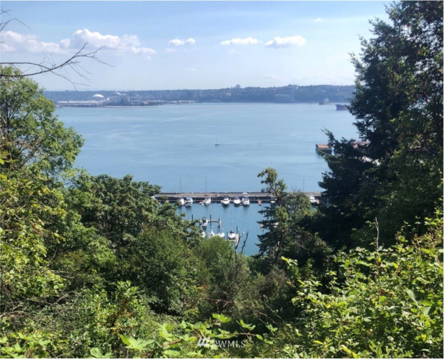 5801 Marine View Drive Photo 5