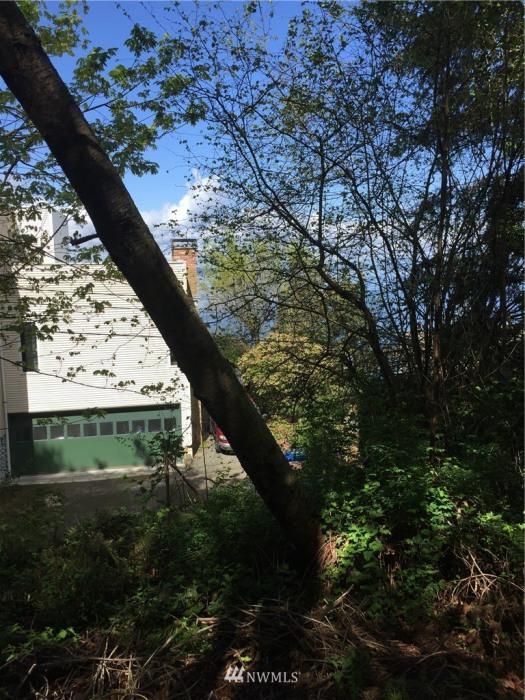 24 XX 53rd Avenue SW Photo 2