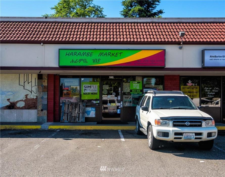 15001 Aurora Avenue N Photo 9