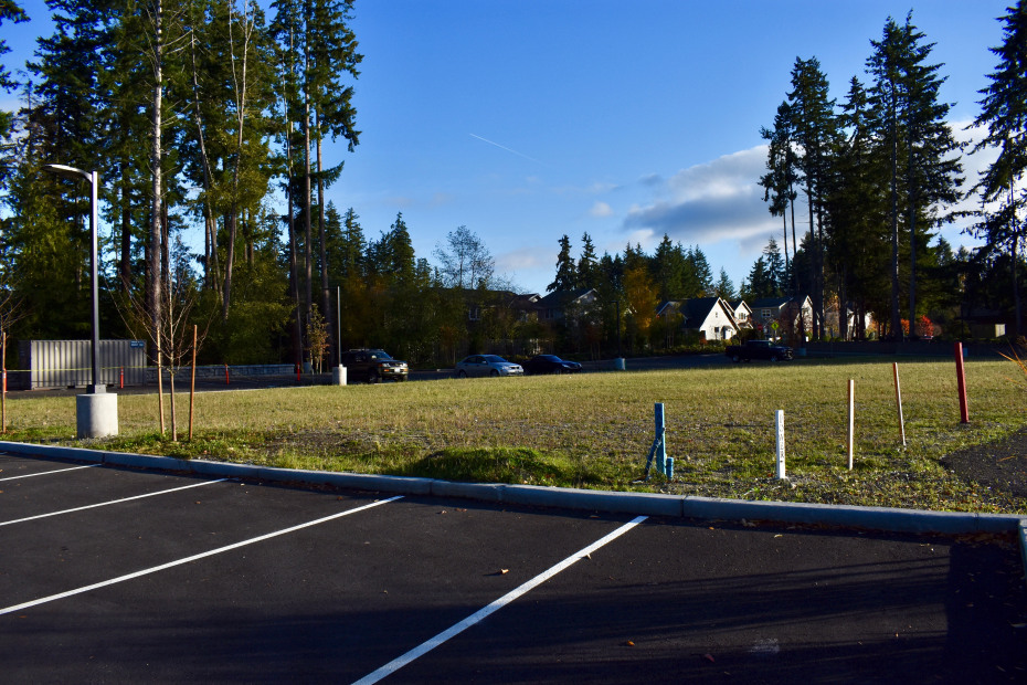 1320 Wintergreen Lane NE Photo 3
