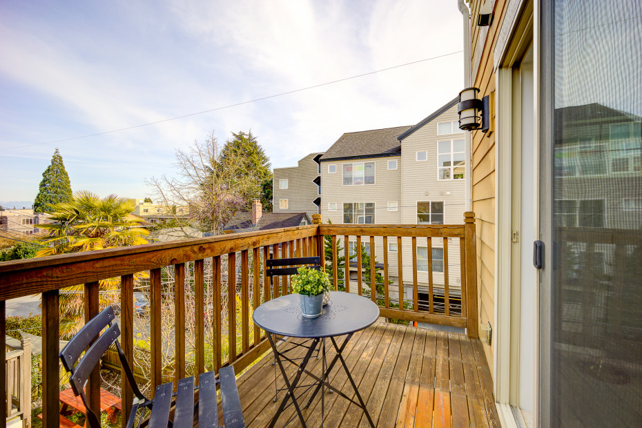 4504 Fremont Ave N #A Photo 28