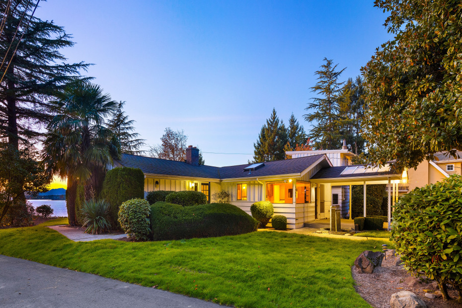 3605 Evergreen Point Road Photo 9