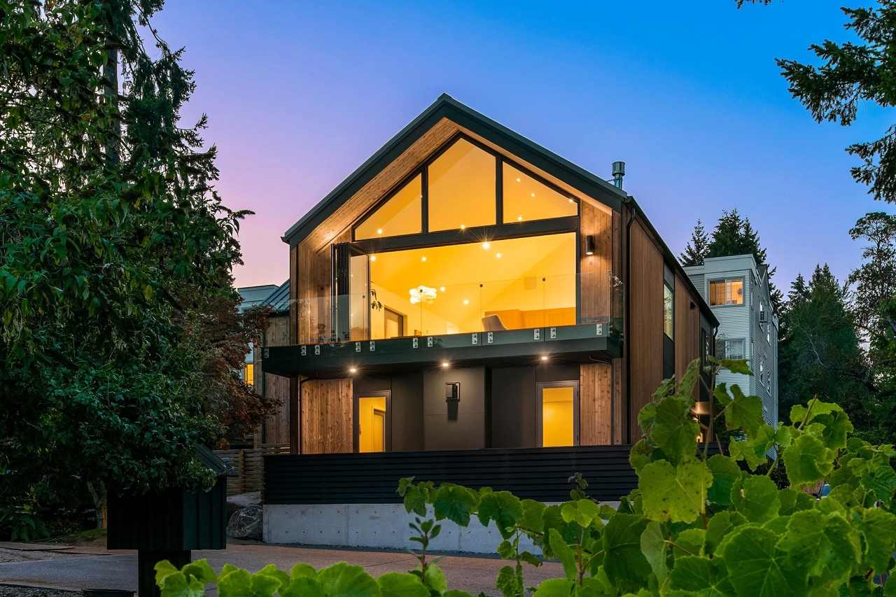 Absolutely stunning new construction in the heart of Winslow's marina district.