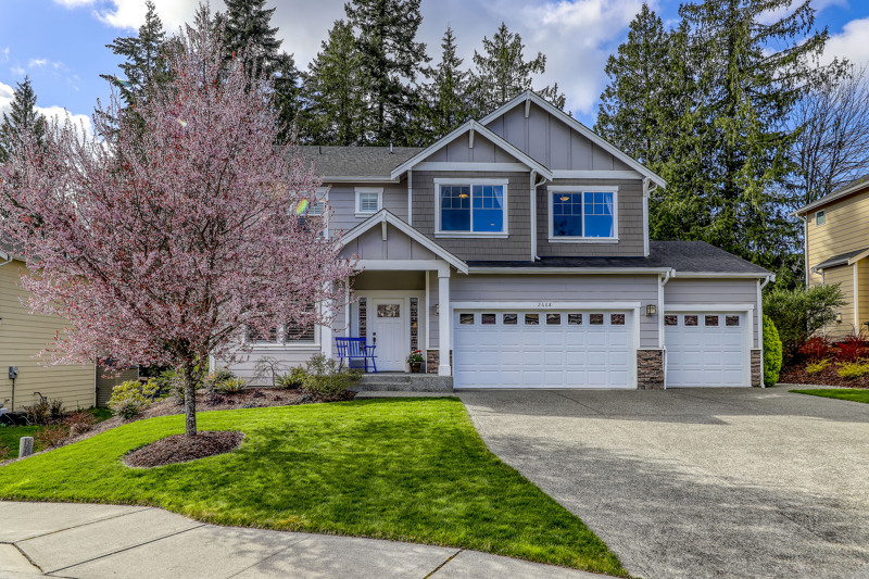 Outstanding and welcoming curb appeal!