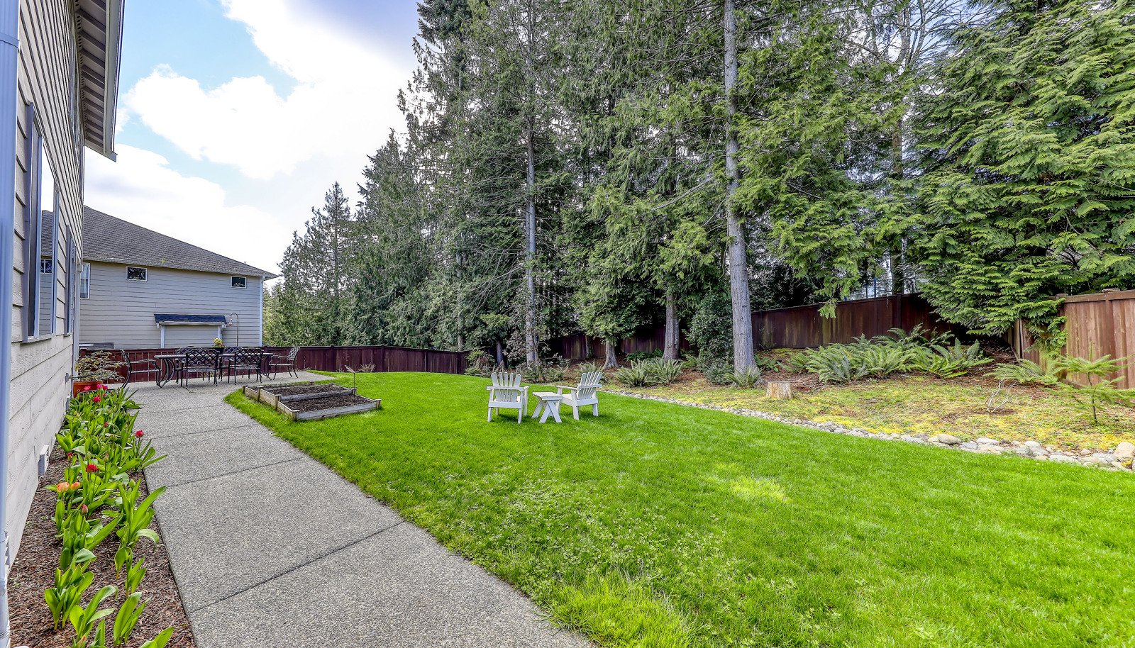 Rare and hard to find this large  yard this close to town in a cul-de-sac neighborhood!
